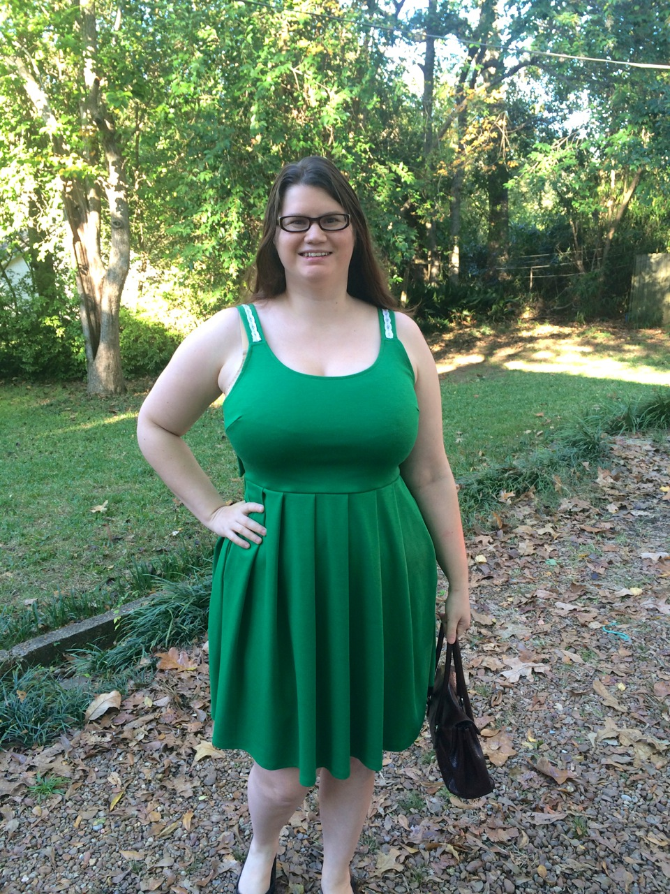 holly pond single bbw women Pofcom is the world's largest online dating site as a community of more than 40 million individual opinions and ways of experiencing the world, we are always coming up with new ways for our users to meet, go on dates, and fall in love.