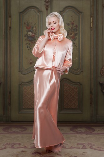 AW1415-Bettie-Reversable-Bed-Jacket-Front-Satin-Betty-Blues-Loungerie
