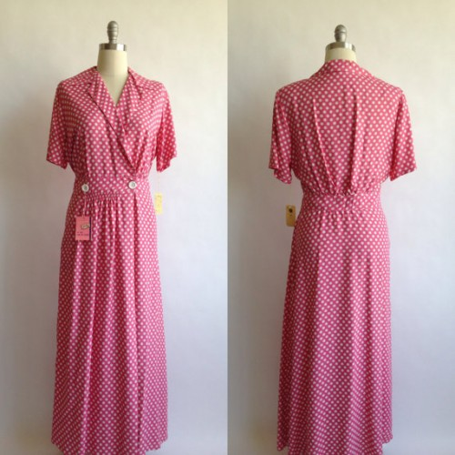 Joan Iris Pink and White Silk Dressing Gown